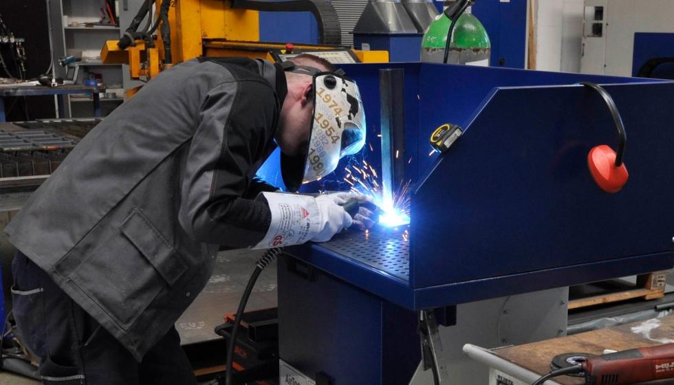 Ergonomia y productividad: Experiencia en el rediseño de banco de trabajo en industria metalmecánica